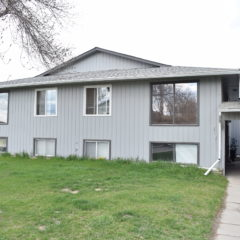11 Apartmentment Building on a Corner Lot in Strathmore – Great Cash-Flow Potential
